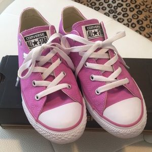 Converse all⭐️Star pink size 6 worn once!